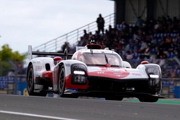 TOYOTA GAZOO Racing po raz czwarty z rzędu triumfuje w Le Mans